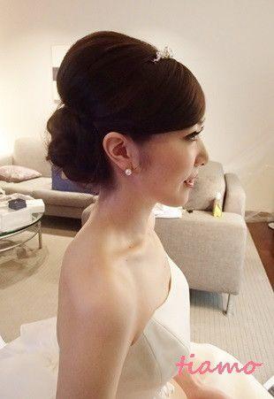 美人花嫁さまの洋装&和装スタイル♡素敵な一日 | 大人可愛いブライダルヘアメイク 『tiamo』 の結婚カタログ