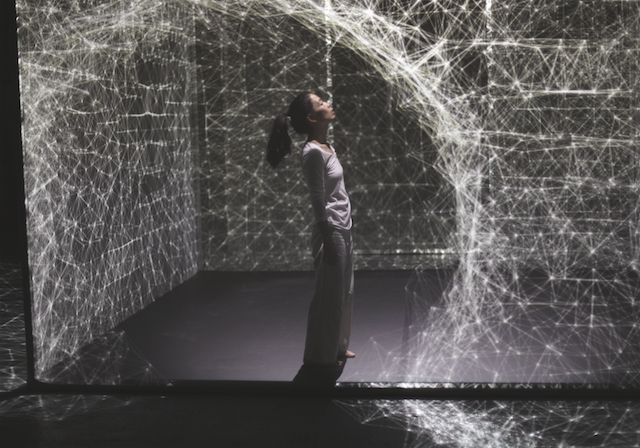 Dancer Bends Light in Stunning Projection-Mapped Performance | The Creators Project