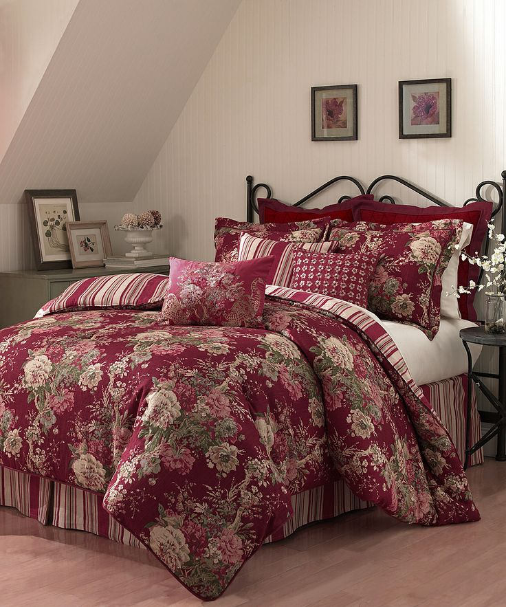 Vintage Red Ballad Bouquet Waverly Comforter Set Daily