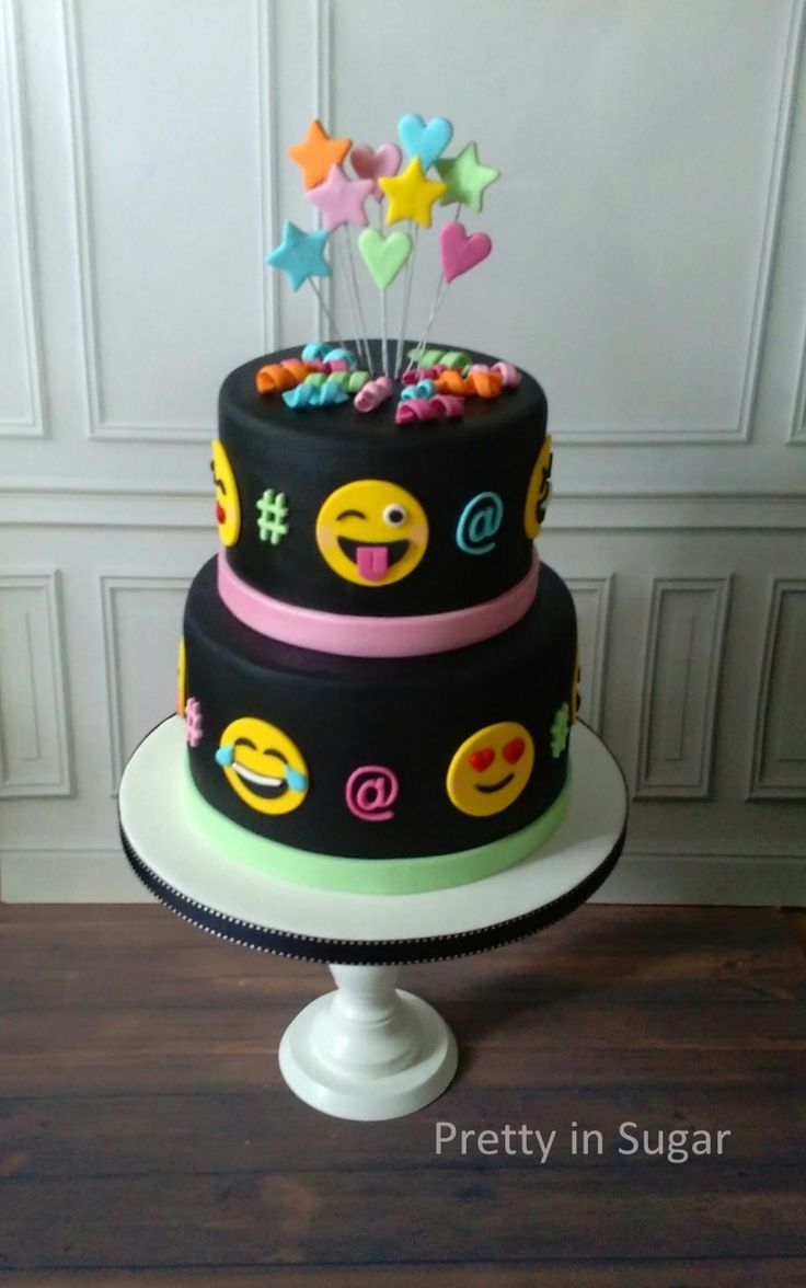 Emoji cake | When a 11 years old girl designs her own cake...