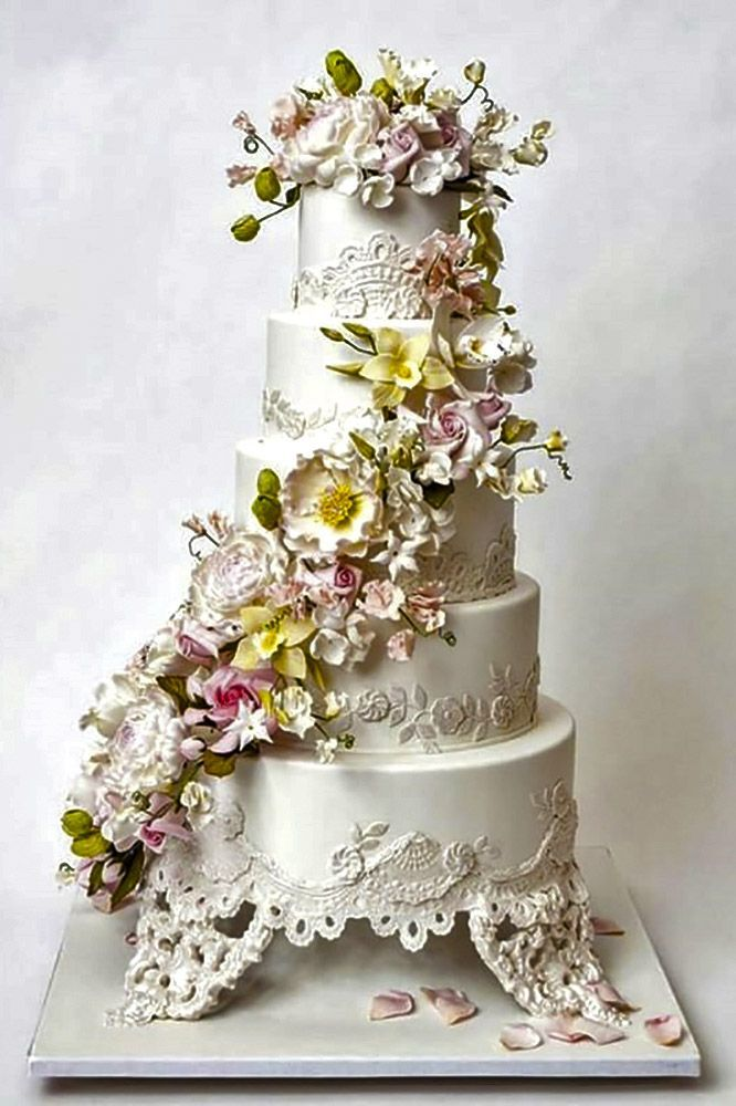 wedding cake with lace and flowers 305 best cake decorating ideas images on 26909