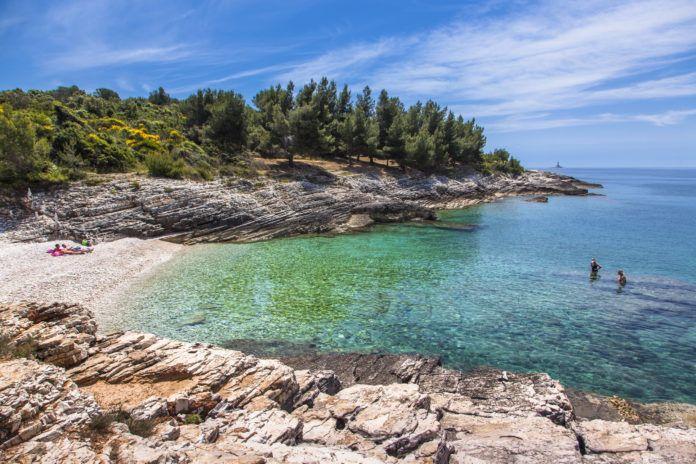 Zu den Top 10 Gründen für einen Urlaub in Istrien, der beliebtesten Ferienregion Kroatiens, gehören das Meer, die Strände, die Sehenswürdigkeiten...