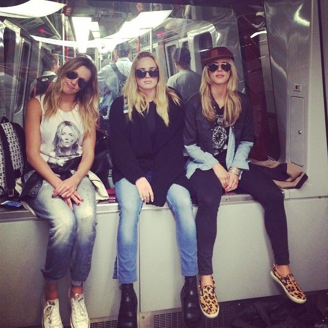 """""""Katie Cassidy, Caity Lotz and Emily Bett Rickards"""" girls.. If u dress like this.. I'll marry u............ And your friends HAHA"""