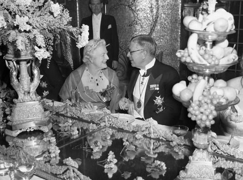 King Gustav VI Adolf of Sweden and lady Clementine... - Historical Times
