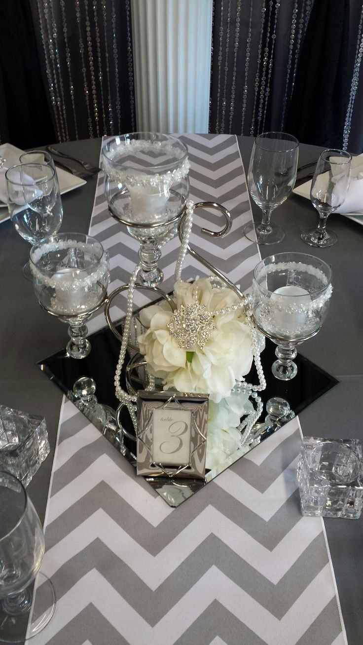 Astounding centerpieces on square mirrors bubbles