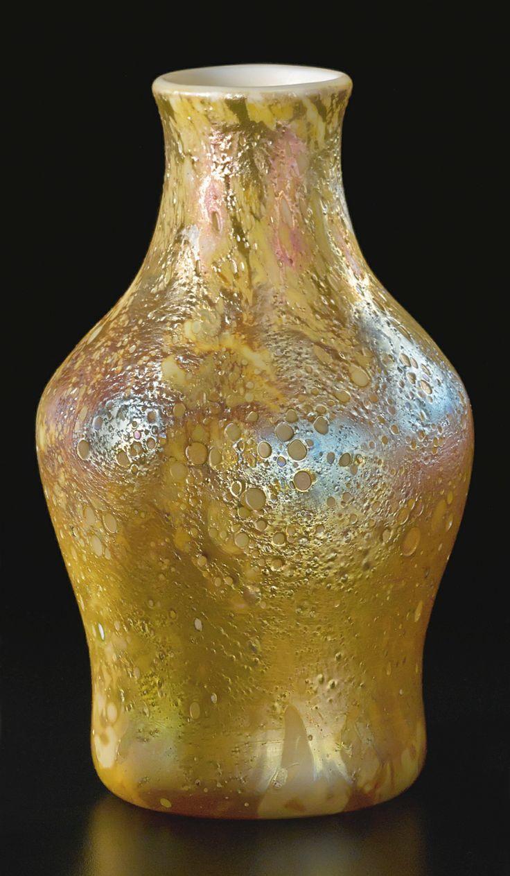 438 best tiffany images on pinterest tiffany art glass vase and tiffany studios new york iridescent favrile glass vase reviewsmspy