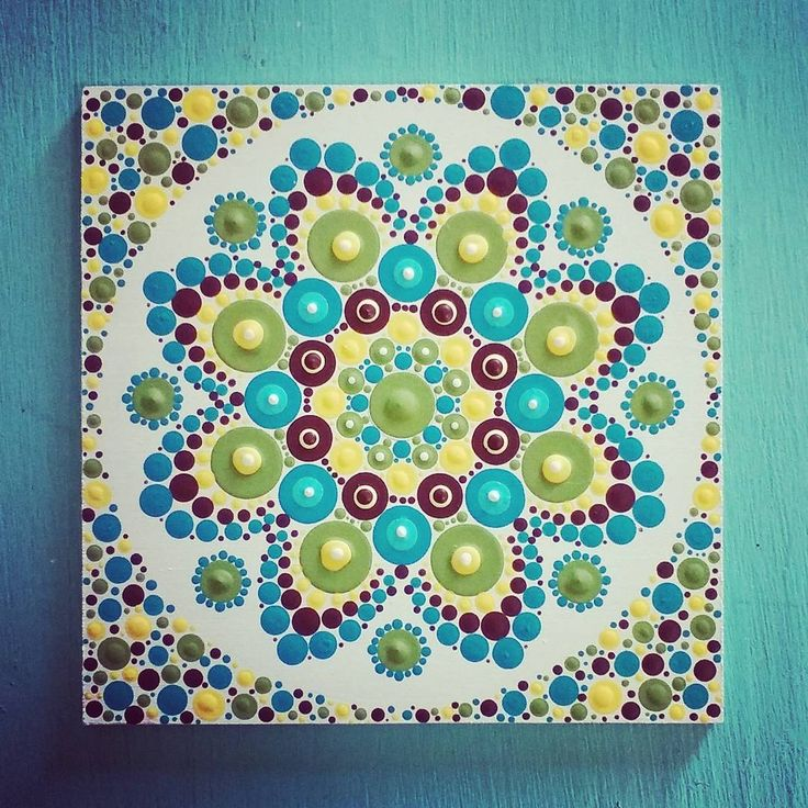 Mini (10cm) Disponible . . #dotilism #dotart #dotpainting #pointillism #puntillismo #painting #acrilycpaint #mandala #diseñosunicos #talentovenezolano #handpaint #venezolanosenbuenosaires #venezolanosenargentina #bsas #acquamarina #aguamarina #verde #green #turquesa #Bennati #bennatiart