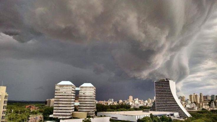 Porto Alegre - RS - Brasil Centro Administrativo RS Temporal do dia 9/01/2014