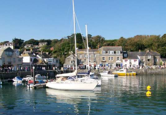 Luxury self-catering Cornish villas sleeping up to five guests - includes 50% off local dining, 50% off a surfing taster lesson and dog-friendly options