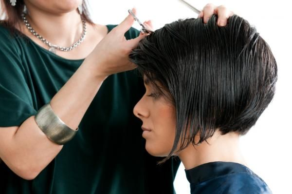 Short Hairstyles For Round Faces Plus Size | Short Hair Style Pictures [Slideshow]