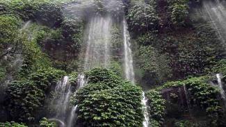 Benang Kelambu - Lombok Tengah