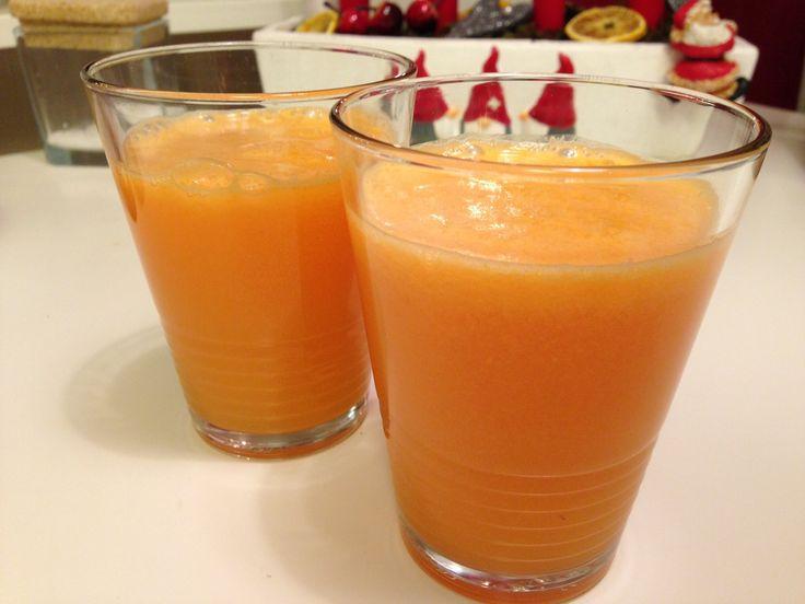 Få en perfekt start på dagen med en god morgonjuice. Färsk, nyttig och färggrann direkt ur din råsaftcentrifug, årets julklapp.