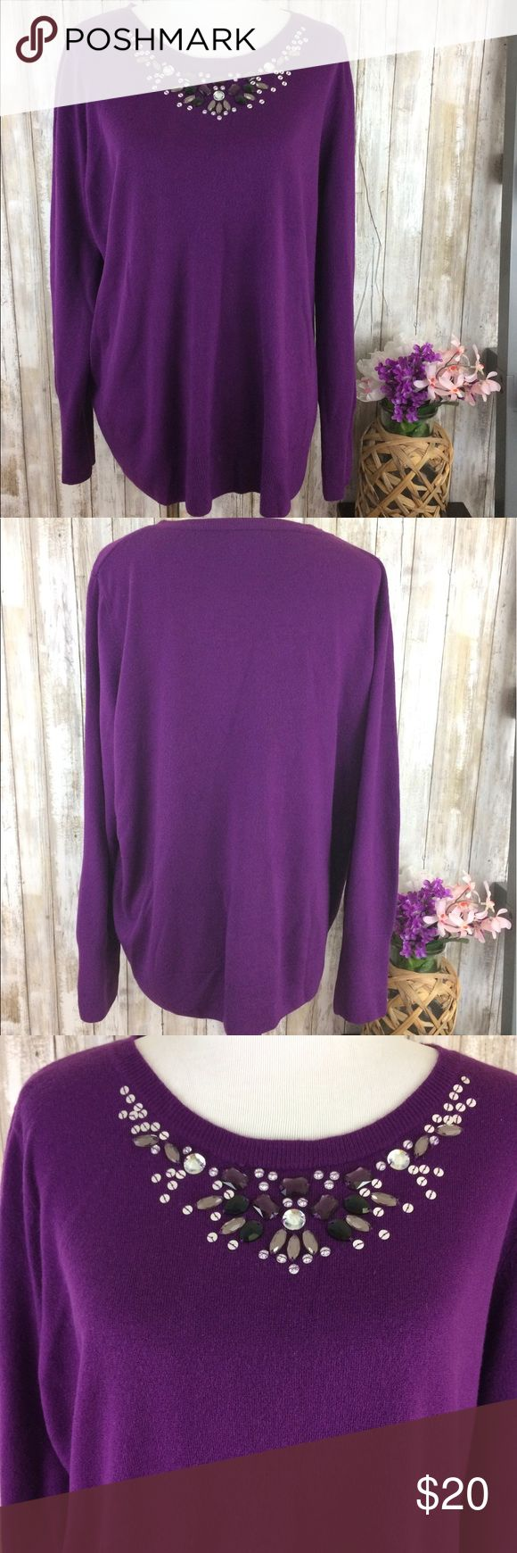 Plus Size Purple Sweater Embellished Sequins 3x Roz & Ali women's plus size sweater. Gorgeous purple color with Embellished neckline. Beading and Sequins. Excellent used condition. 3x Sweaters Crew & Scoop Necks