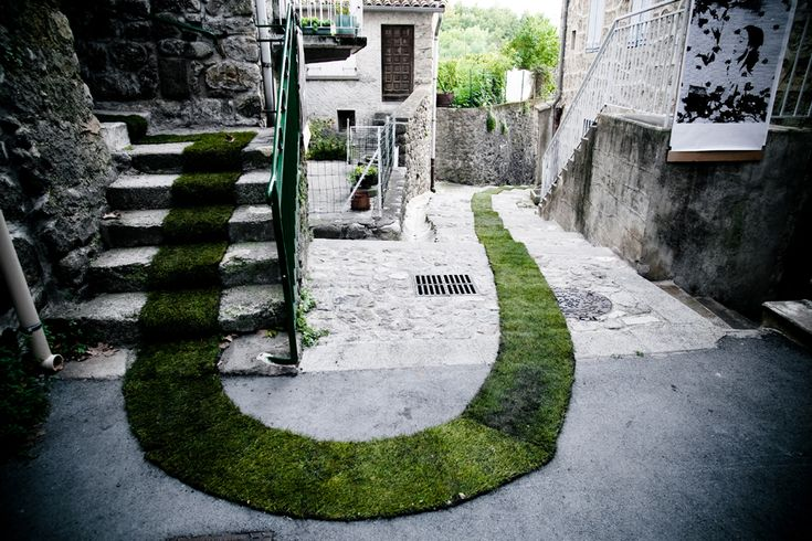 The Green Carpet in Jaujac, France. Made fore the celebrate of the 10th year arts and nature trail programs.  From Gaëlle Villedary / On Facebook. Photos by David Monjou.