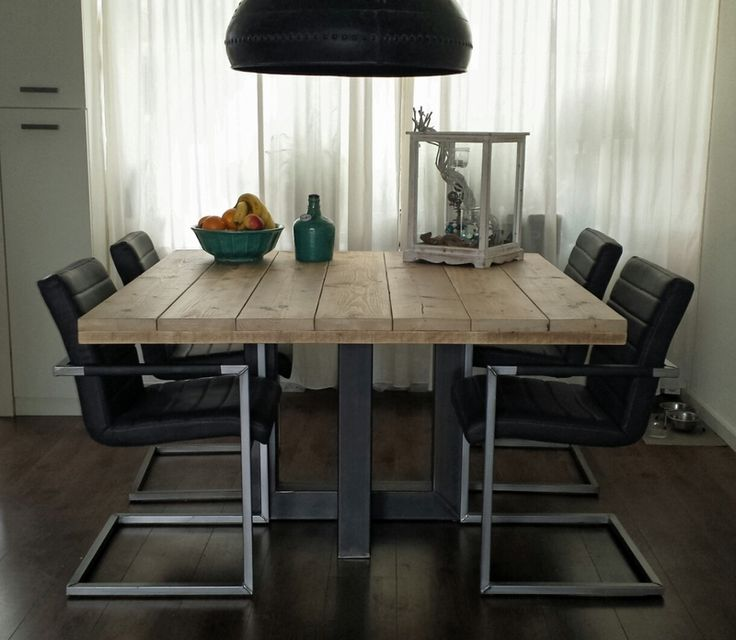Industriele Keuken Thuis : Vierkante industri?le tafel gemaakt van hout en staal (model 4)