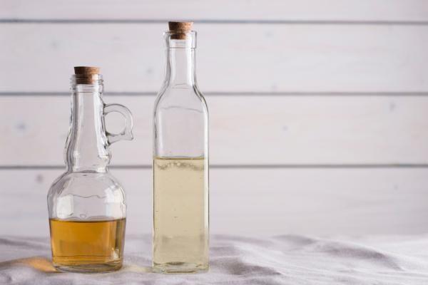Cómo ahuyentar mosquitos con vinagre. ¿Sabías que el vinagre es uno de los mejores productos con los que puedes aliarte para ahuyentar lo mosquitos y evitar que invadan los espacios de tu hogar? Así es, entre los remedios naturales que re...