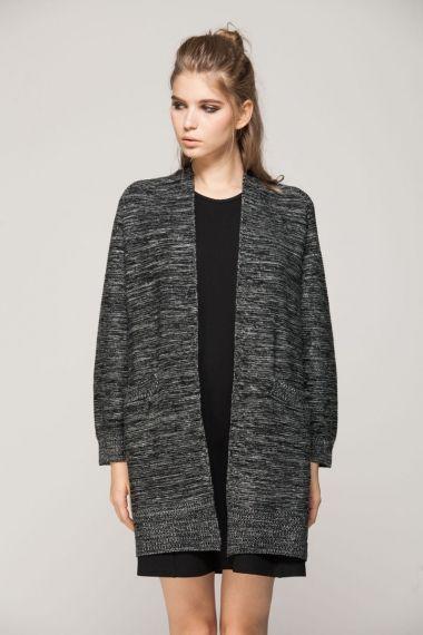 Minimalist knitted cardi