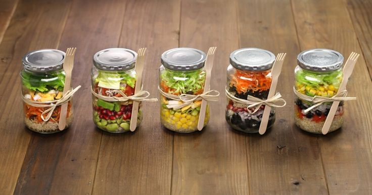 Learn the ingenious way to make healthy, work-friendly lunches using mason jar salads!!
