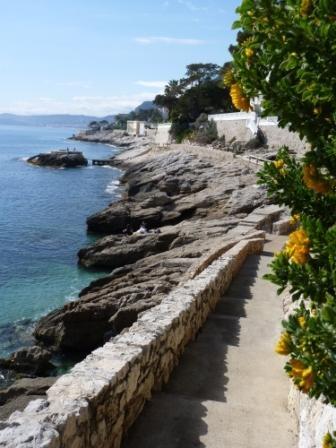 Cap d'Ail - Anglais : Coastal walk
