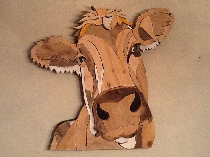 Koe nr: 18 geheel gemaakt van sloophout . Door Henri Wittenberg