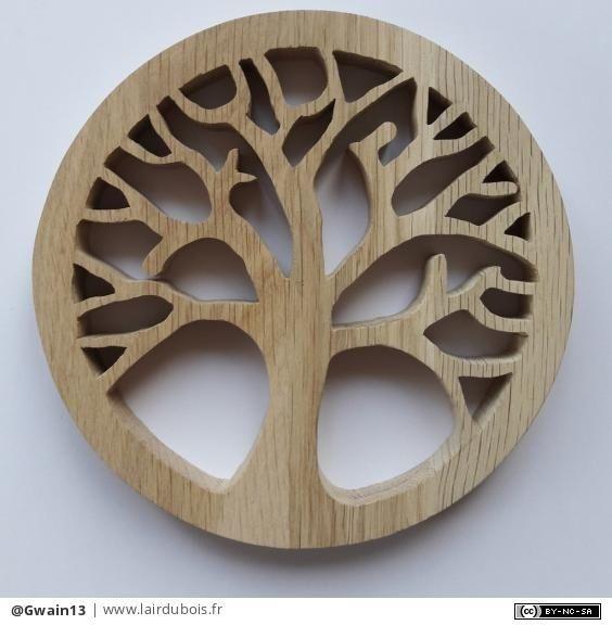 Arbre de vie par Gwain13 - Bonjour, Je poursuis ma série chantournage avec cet arbre de vie en chêne. Je n'ai pas encore décidé s'il finira en dessous de plat ou accroché au mur...