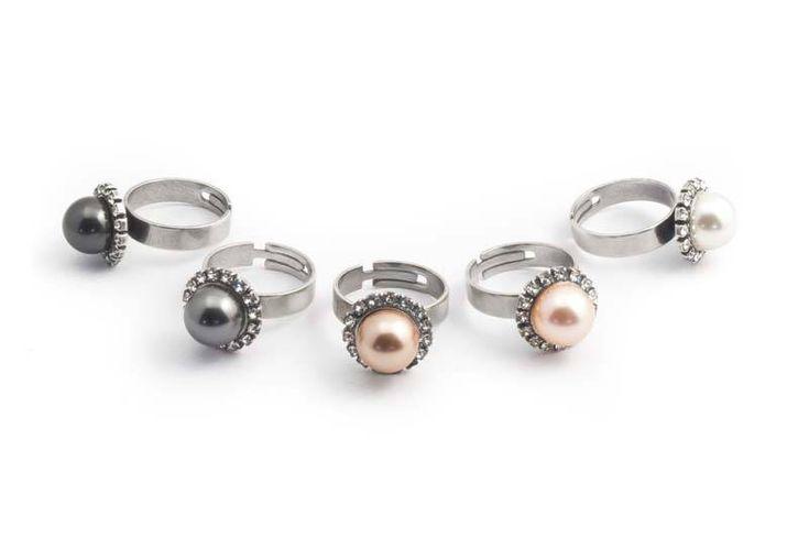 Perzik roze parel ring met 10 mm light peach Swarovski Elements parel en kristallen