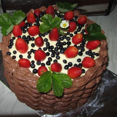 Tort owocowy kosz - DoradcaSmaku.pl