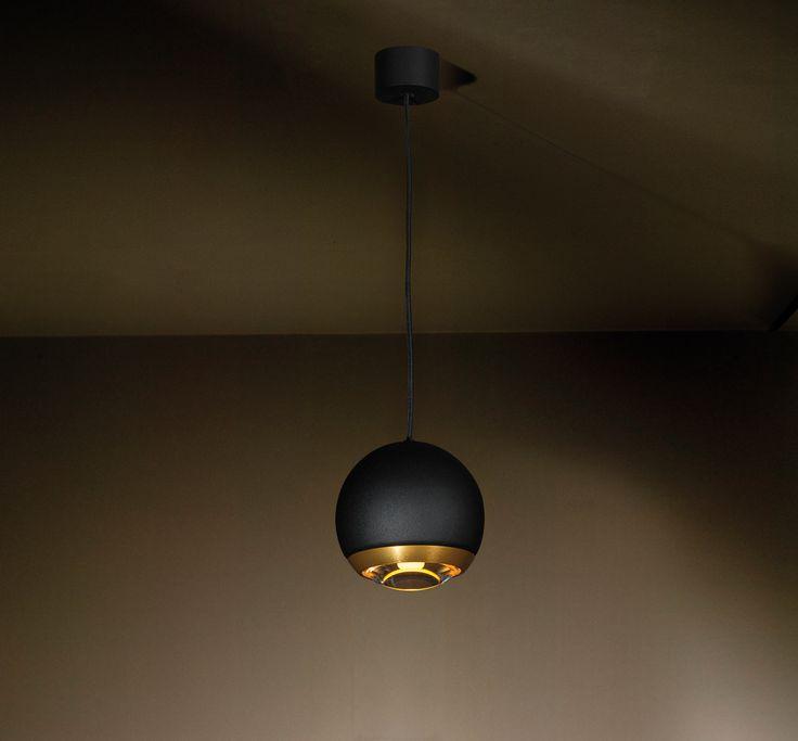BERRIER black & gold