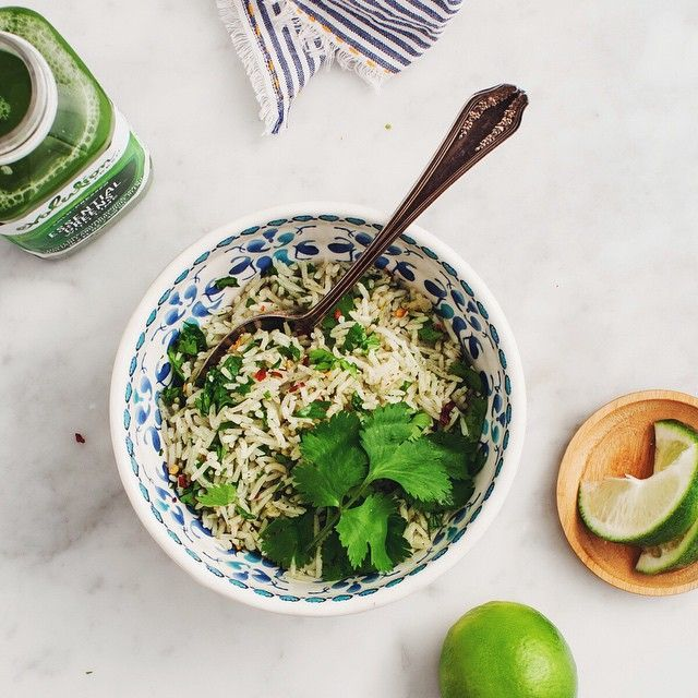 Cilantro-Lime Rice infused with nutrition-packed green juice.  Instead of using water or broth, cook your basmati rice with @EvolutionFresh Essential Greens with Lime. (get the full recipe on the blog, #sponsored by Evolution Fresh).