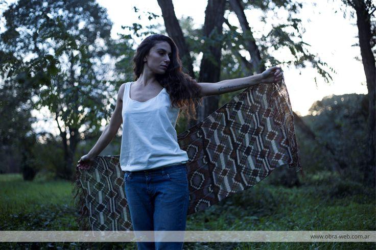 Chaguar tejido a mano por artesanas wichi de Formosa, Argentina. Descubrí más en www.obra-web.com.ar