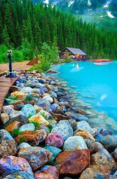 Banff National Park, Alberta, Canada. Wow, nice clear blue water with a nice view at the forest.