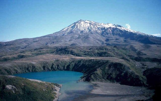 Kolejna aktywność wulkanu Tongariro w Nowej Zelandii | zmianynaziemi.pl