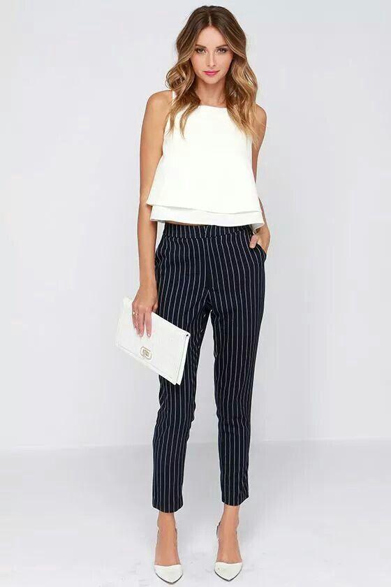 Short sleeve blouse + stripe pants