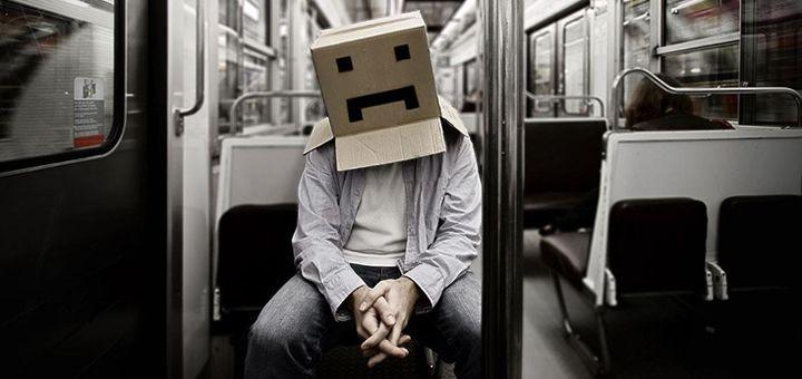 The man in a box: quando essere troppo digital diventa un limite