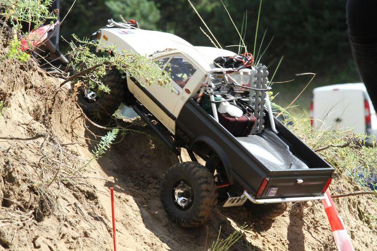 Hungarian Rc Crawler and Scale 4x4 Rc Trial Club_Brumca_Toyota hilux'82_2016_sadadűne
