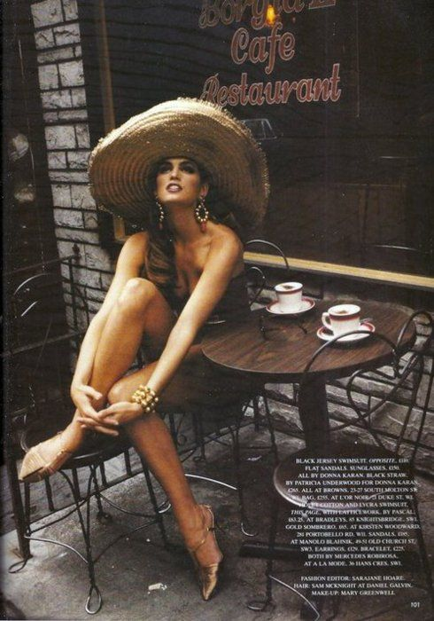 Cindy Crawford Love Coffee - Makes Me Happy