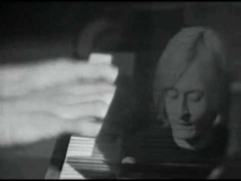 """Michel Polnareff - """"Love Me Please"""""""