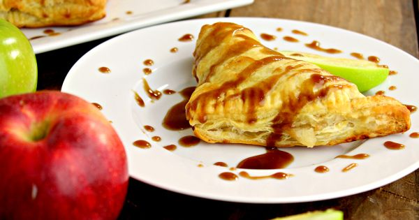Simple Salted Caramel Apple Turnovers. Literally it melts in your mouth, think of it as a caramel apple pastry! AMAZING