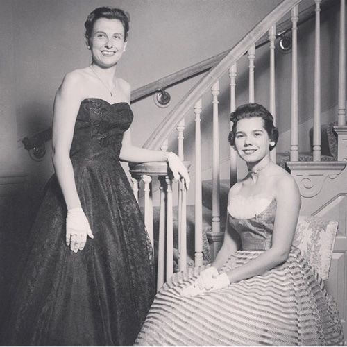 Two Kappa Alpha Theta Gamma Psi Chapter members at Texas Christian University at an Initiation Brunch in 1957. #Theta1870 #ThetaHistory