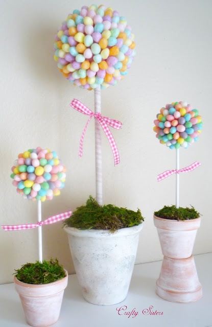 Adorable jellybean topiaries that don't look too difficult to make!