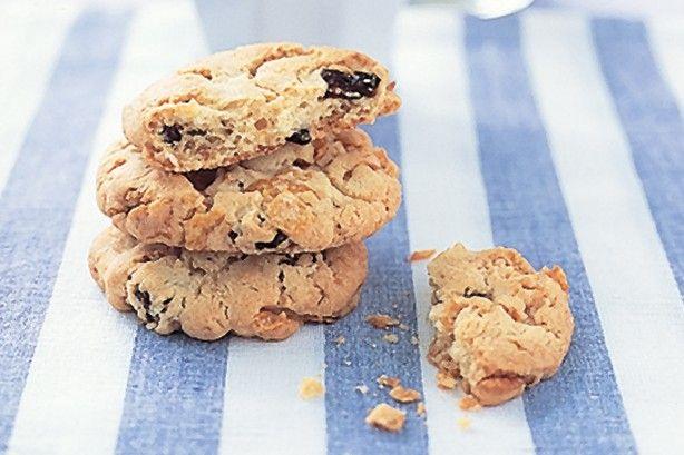 Sultana & cornflake cookies main image