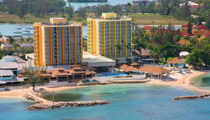 Sunset Beach Resort Montego Bay, Jamaica.. THIS IS WHERE I STAYED, Senior Spring Break 2006, just me and my mom 7 nights.. wanna go back so bad! Oh and I paid for all of it :)