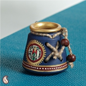 India - hand painted pen stand