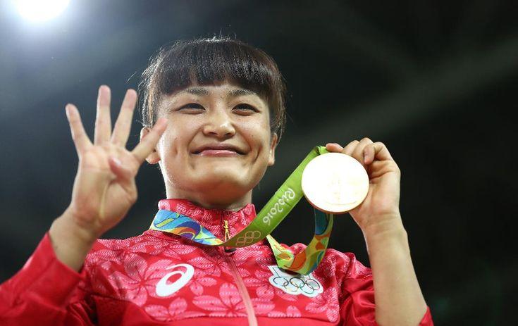Kaori Icho, Japan vann guldet i damernas fristils brottning 58 kg, silver Valerija Koblova, Ryssland, brons Sakshi Malik, Indien och Marwa Amri, Tunisien.