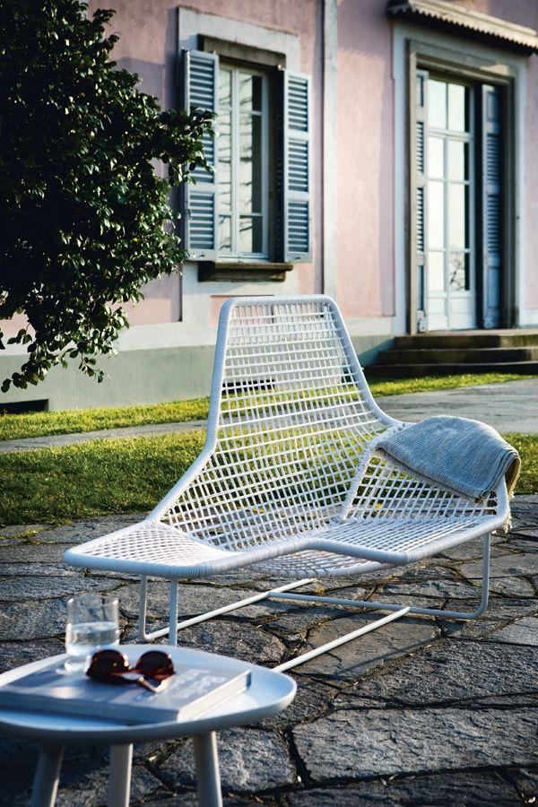 LAMA #outdoor #chaiselongue designed for #Zanotta   #Palomba #design