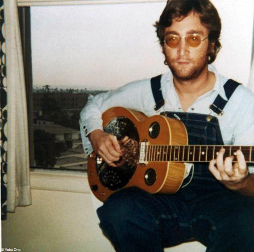 Фермер Джон! Йоко, в комплекте с Джон Леннон/пластик оно бэнд, который впервые вошел в чарты на 16 января 1971 года.
