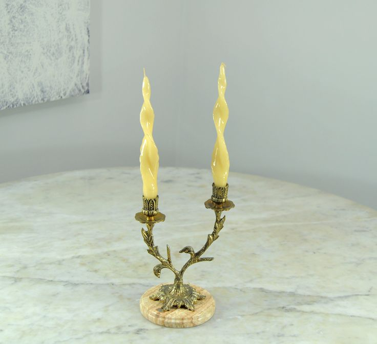 M s de 1000 ideas sobre candelabro antiguo en pinterest - Percheros paragueros antiguos ...