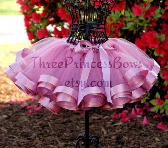 DIY No Sew Tutu Skirt Tutorial