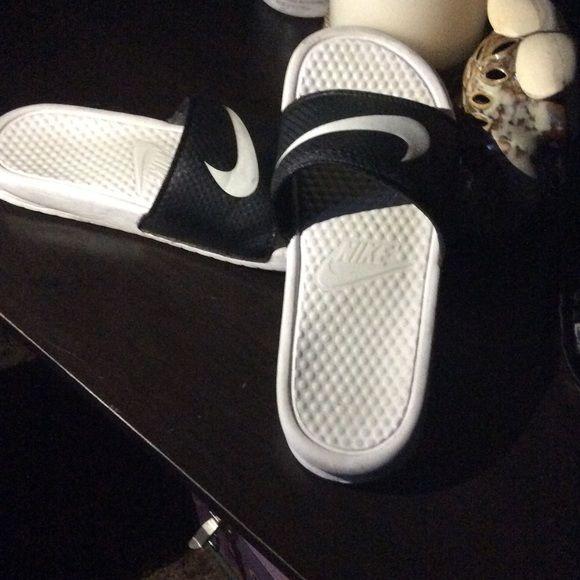 NIKE slides Black And White Nike Shoes Slippers