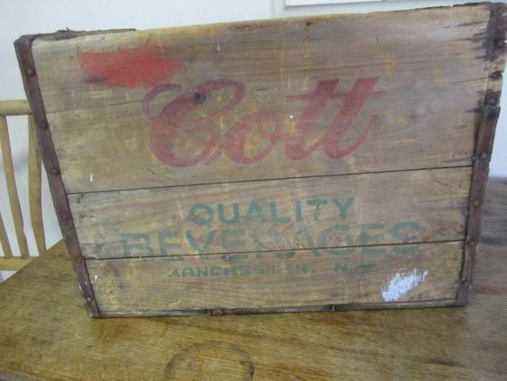 "Vintage ""COTT"" Getränk Co. Holzkiste. Vintage Holz Aufbewahrungsbox. Rustikales Haus …   – Products"